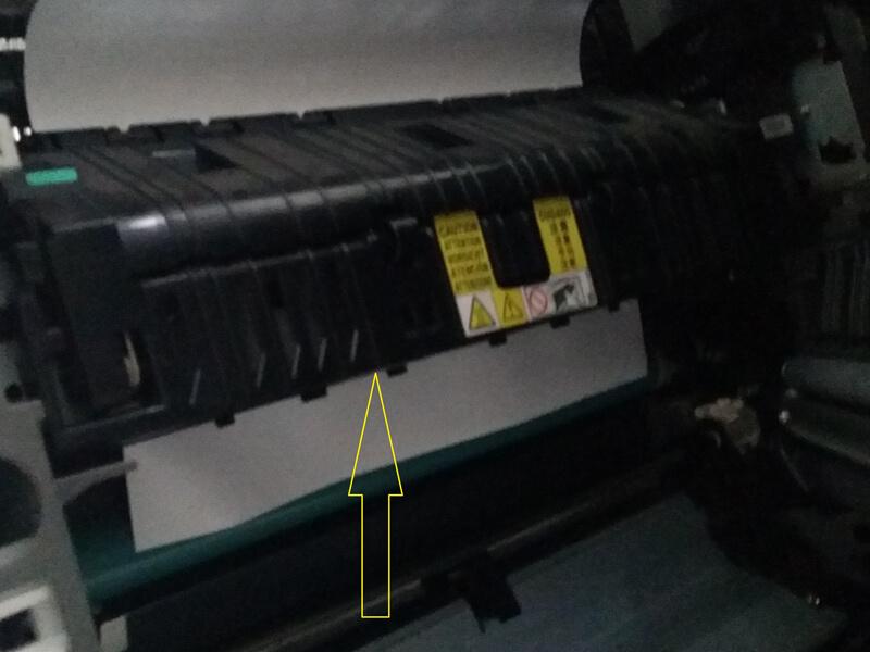 Nguyên nhân máy photo bị kẹt giấy là gì?