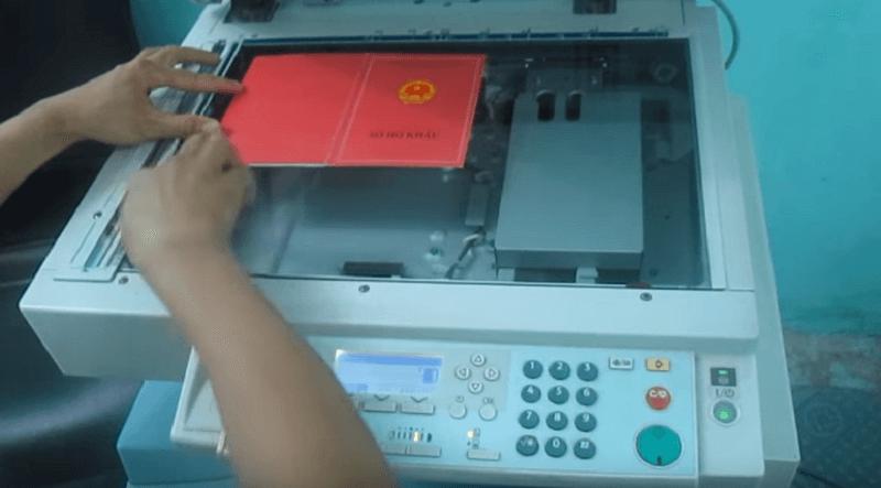 Hướng dẫn photo sổ hộ khẩu nguyên cuốn trên máy Ricoh