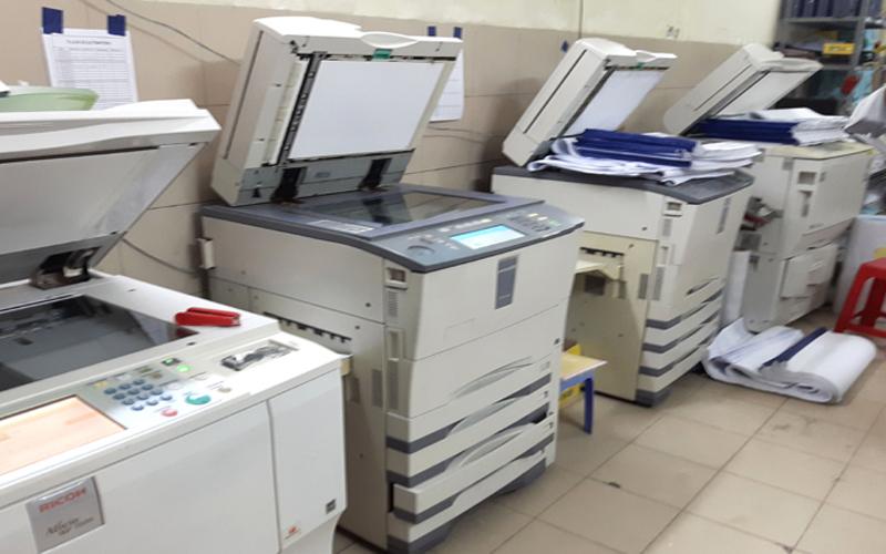 Nên thuê máy photocopy để tiết kiệm chi phí